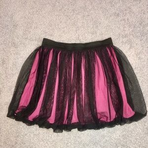 Gorgeous skirt size 14/16 pink & black NWOT
